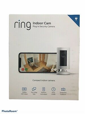 Ring Indoor Cam Plug-In Security Camera 8SN1S9-WEN0 White.Black
