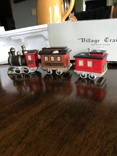 "Dept 56 ""Village Train"" 3 Piece Set Village Accessories"
