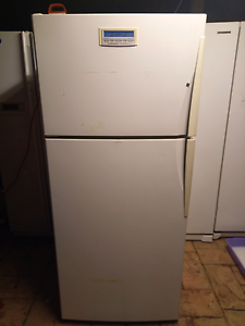 Westinghouse fridge freezer 416ltr $300 Ambarvale Campbelltown Area Preview