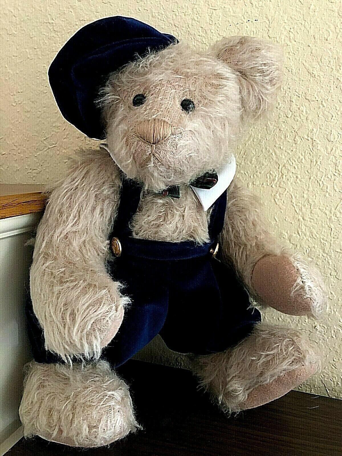 Ashton Drake Gallery Teddy Bears 2000 Annual Edition Holiday Bear w/COA & Box