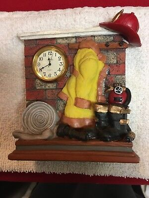 "VINTAGE STYLE FIRE TRUCK WITH CLOCK  4"" LONG  2"" HIGH              (LOC-MODM)"