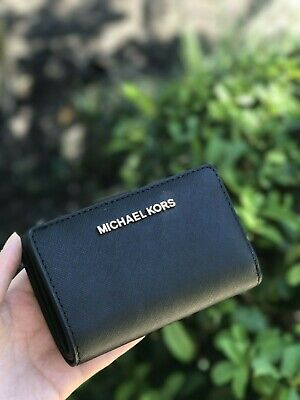 NWT Michael Kors Jet Set Travel  Bifold Zip Coin Wallet  In Black Rose Gold