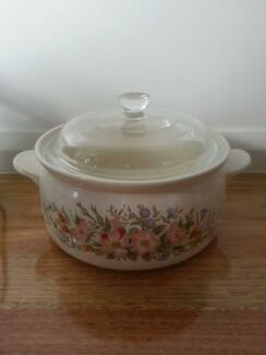 Large Casserole Soup Stew Pot Dish Bowl with Glass Lid Cookware Riverwood Canterbury Area Preview