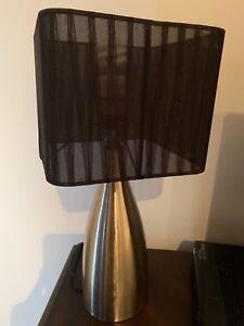 Lampes noir et argent x 2