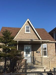 3 bedrooms and 2 bathrooms apartment in good location