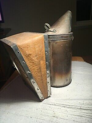 Vintage Bee Hive Smoker Dadant Sons Inc W Nice Patina Leather Bellows. Works