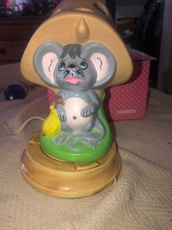 Vintage Duncan Ceramics Porcelain Mouse Mushroom  1974 Kids Lamp