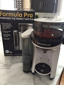Baby Brezza Formula Pro - LIKE NEW