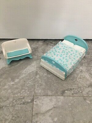 Vintage Fisher Price Loving Family Dollhouse Rocking Sofa Furniture And Bed Lot