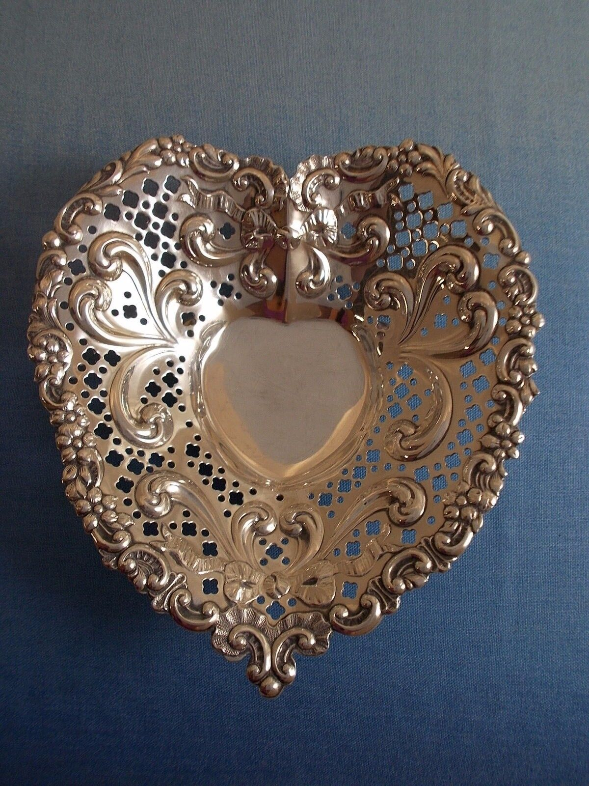 Chantilly By Gorham Sterling Silver Candy Dish Heart Shaped 966 0319 Ebay