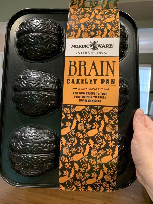 Nordic Ware Brain cakelet cake pan Halloween Zombie 3 Cup NEW