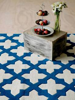 New Plush Wool Aqua Blue Empire Geometric Design Rugs