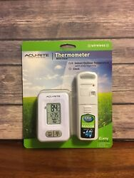 ✨ Acurite Wireless Indoor/Outdoor Thermometer with Clock Brand New In Package ✨