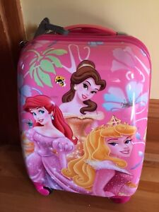 Disney princesses suitcase like new carryon
