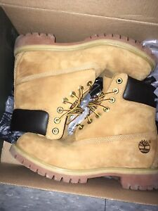 Boots (Timberlands) Brand new