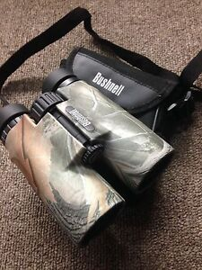 Bushnell 10x42 HD Bino with case