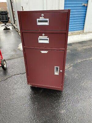 Diebold Pedestal Teller Cabinet 19 W