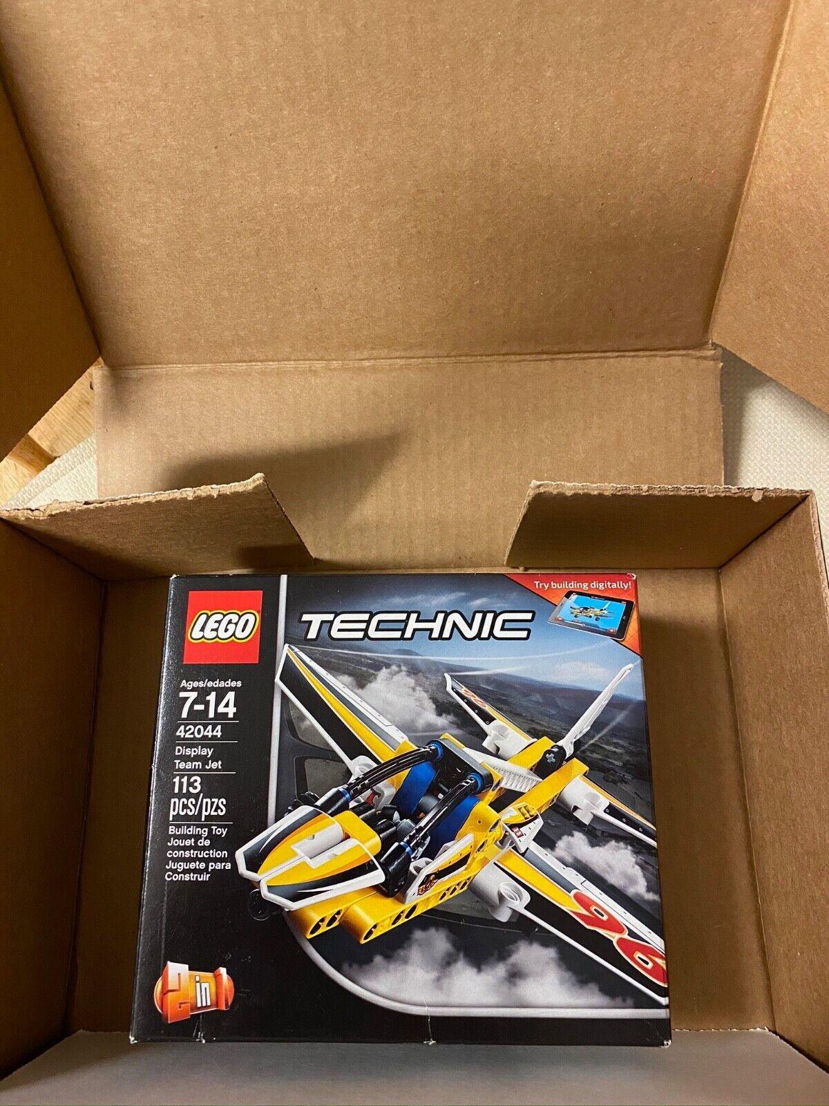 NEW LEGO Technic 42044 Display Team Jet - $10.00