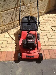Lawn mower Bassendean Bassendean Area Preview