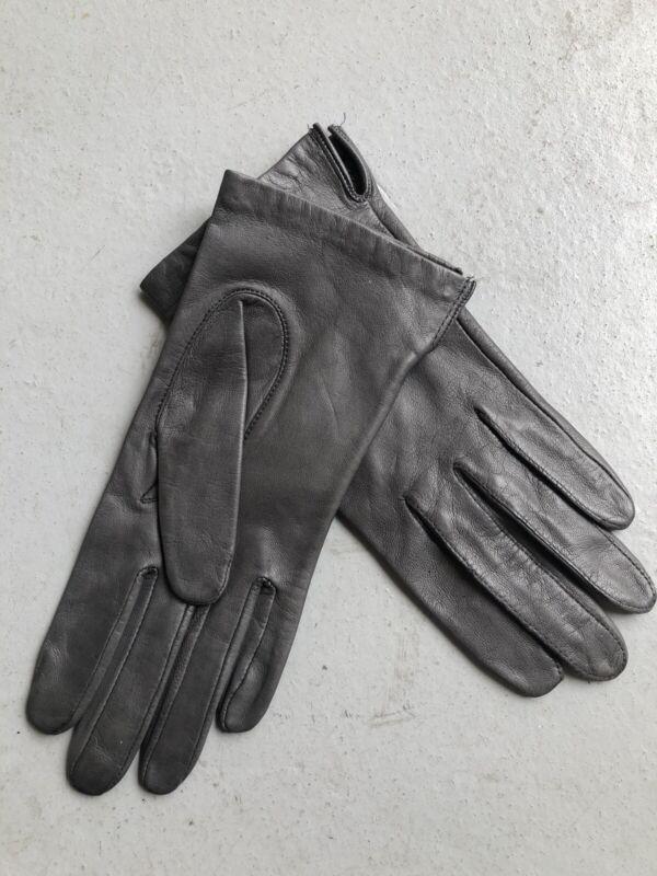 Aris Gray Genuine Leather Women's Size 6.5