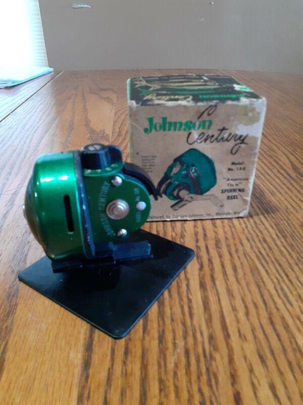 VINTAGE JOHNSON CENTURY SPIN CAST REEL MODEL No.100 IN BOX