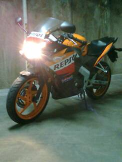 Cbr 125 motorcycles gumtree australia hurstville area 2012 repsol honda cbr125 r learner legal collector fandeluxe Choice Image