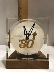VINTAGE DESK CLOCK INTO THE 8O's QUARTZ CLOCK MOVEMENT WITH BATTERY