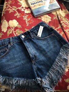 TOPSHOP high waisted shorts $15, new with tags