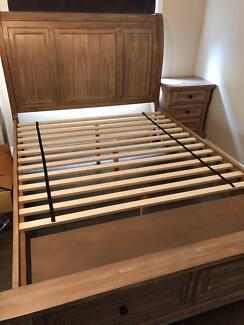 Queen 4 piece bedroom suite