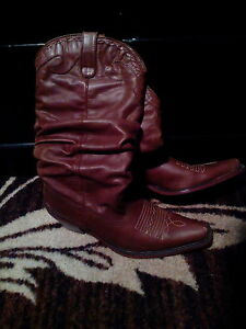 ladies brown cowboy boots, size 8 1/2 for sale
