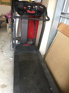 Life fitness treadmill Dora Creek Lake Macquarie Area Preview