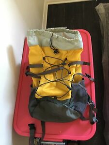 Amlost new Mountain Equipment co-op 35$
