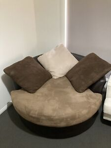 Large Round Swivel Couch