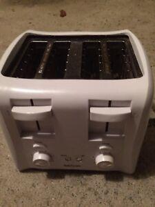 4 toast toaster