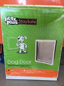 Pets Plus Dog door Loganholme Logan Area Preview