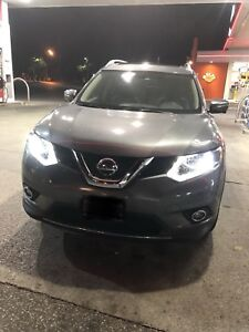 2015 NISSAN ROGUE SL AWD.  PRIVATE ONLY 36KM MINT NO ACCIDENTS