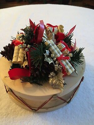 VINTAGE DECORATED CHRISTMAS DRUM FOR TABLE TOP MANTEL OR  SHELF 8