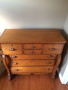 Beautiful Antique Chest of Drawers Kitchener / Waterloo Kitchener Area image 3