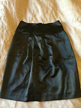 USED TOKITO BLACK SKIRT / SIZE 6 / MID-LENGTH Angle Park Port Adelaide Area Preview