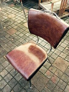 Vintage dining set w/ 5 leather chairs