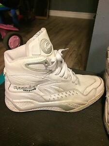 Reebok BlackTop Pumps
