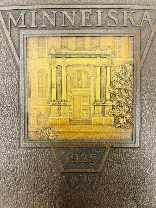 1925 WHITEWATER STATE NORMAL WISCONSIN YEARBOOK MINNEISKA