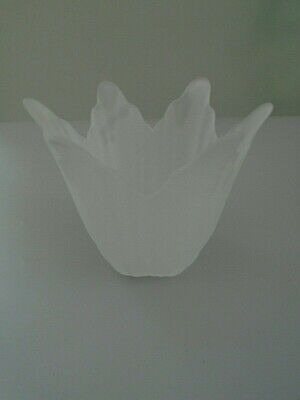 PERIOD VINTAGE FROSTED GLASS LIGHT SHADES TULIP SHAPE