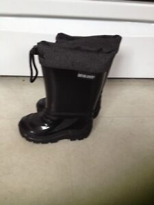 Kids Size 6 Lined Rain Boots