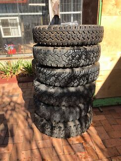 Landcruiser tyres and rims