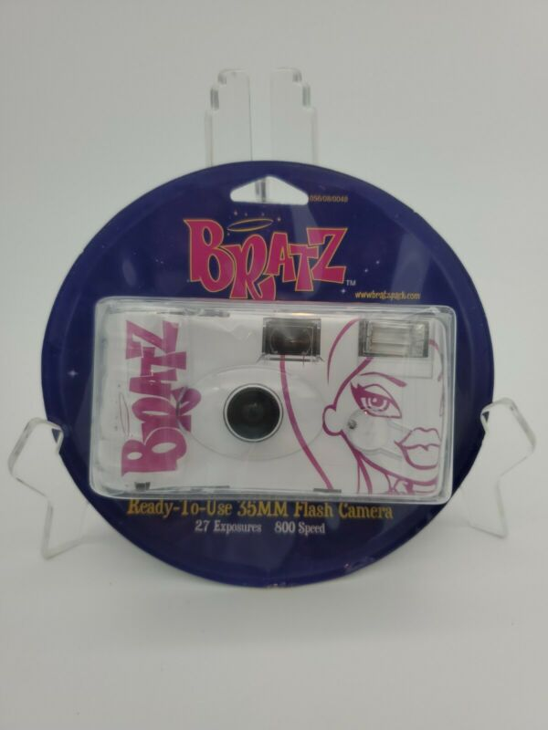 Bratz 35mm Ready to Use Flash Camera.  2003 Target Exclusive. New