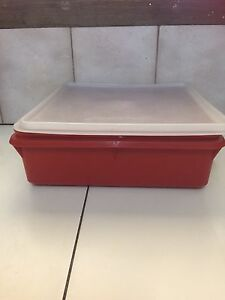 Tupperware container Gunbower Campaspe Area Preview
