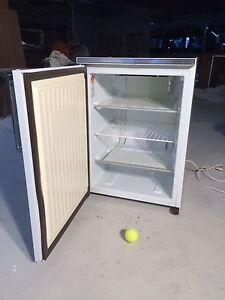 Upright freezer 140 ltr Devonport Devonport Area Preview