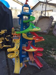 Little people car tower sold PPU