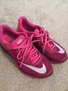 differently 93134 c12fa Nike Excellerate 2 Women s Running Shoe size 8.5